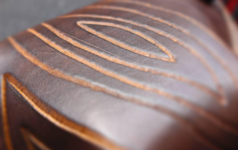Leder abstraktes Muster Ledertasche braun
