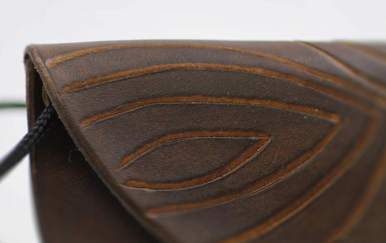 Leder Tasche mit Muster braun
